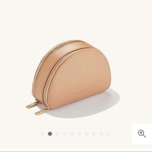 Mejuri Half Moon Beige Leather Jewelry Case